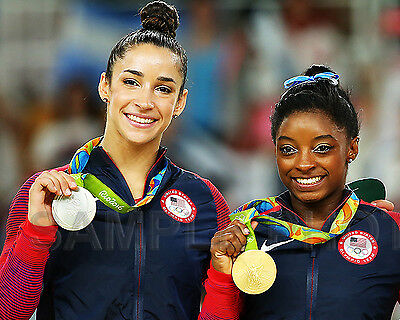 Simone Biles Ali Raisman 2016 Usa Rio Olympic Gymnastics All Around 8X10 Photo