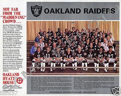 (1977 OAKLAND RAIDERS FOOTBALL TEAM 8X10 PHOTO KEN STABLER)