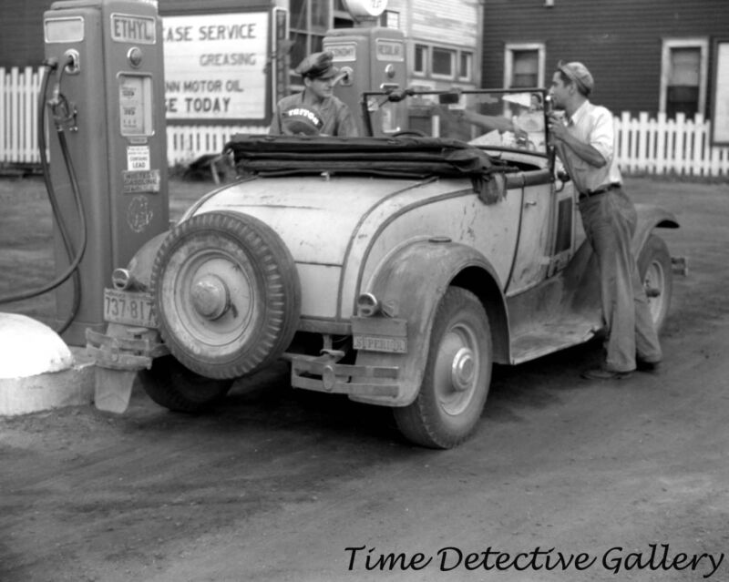 Coupe Filling up a Gas Pump, Superior, Wisconsin - 1941 - Historic Photo Print