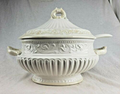 Beautiful Ornate Vintage Antique Large White Soup Tureen W/ Lid & Ladle