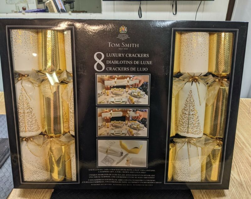 Tom Smith Festive Gold & White Holiday Crackers 8 PK