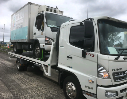 Tilt tray towing service 24 hrs 0 Nollamara Stirling Area Preview