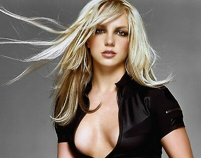 Britney Spears Unsigned 8x10 Photo (79)