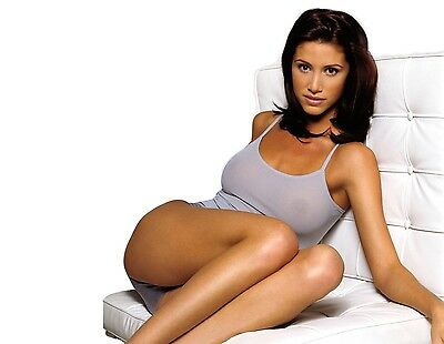 Shannon Elizabeth Unsigned 8X10 Photo  4
