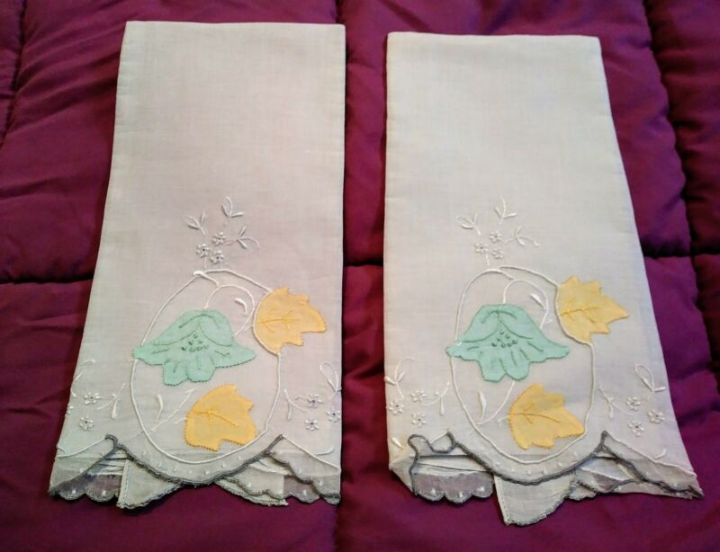 "2 Madeira Applique Embroidered Light Grey Linen Hand Towels 20""x13 1/2"""
