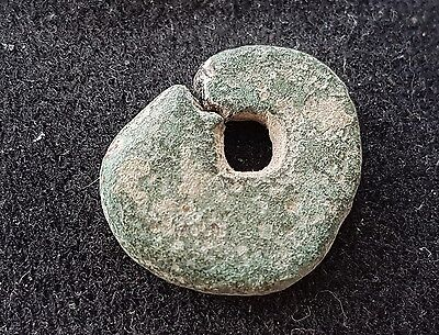Lovely very rare Viking bronze amulet/pendant  found in Britain, wearable, L37g