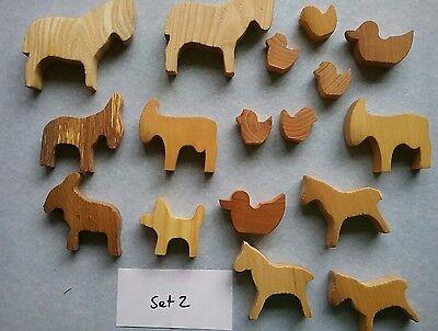 Holztiere Set 2, 17 teile aus Lagerräumung.Pferde, Hund, Kücken, Enten etc. online kaufen