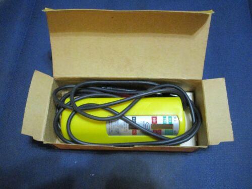NOS In Box Vintage Old School IDEAL 61-006 Voltage Tester 600 V Max AC/DC USA