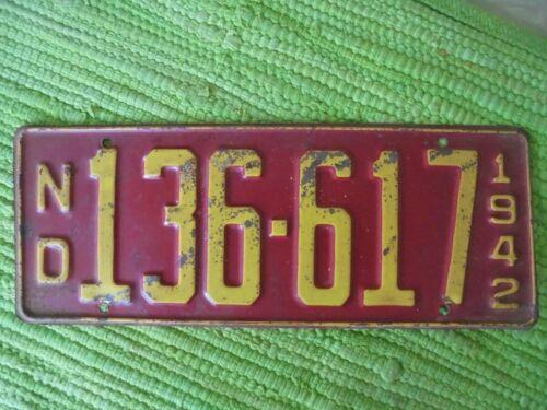1942 North Dakota License Plate ND 42 Tag 136-617