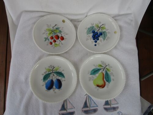 "Vintage ~Westmoreland Beaded Edge Milk Glass Fruit  7.5"" Plates ~NICE!"