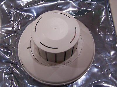 Edwards Est Ionization Smoke Detector Head 6250b 40 Avail. 1 Yr. Prot. Plan