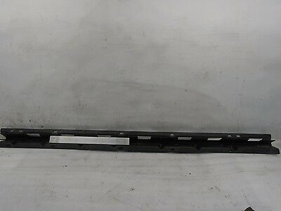 BMW X5 E53 01-06 LEFT SIDE ROCKER MOLDING MOUNT BRACKET (8 408 709) OEM IM702178