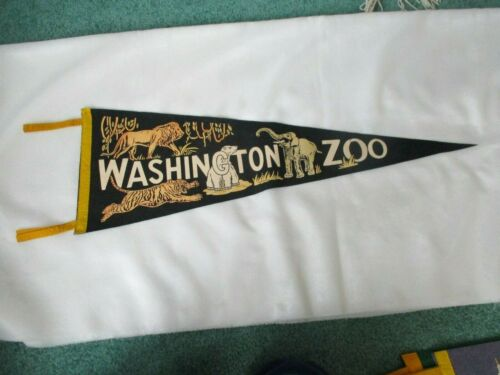 "Vintage 1950s WASHINGTON ZOO wool felt pennant 27""-LION,TIGER,BEAR,ELEPHANT EUC"