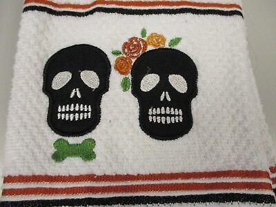 Set of 2 Black Skulls  Kitchen Hand Dish Towels NWT Wedding  Halloween