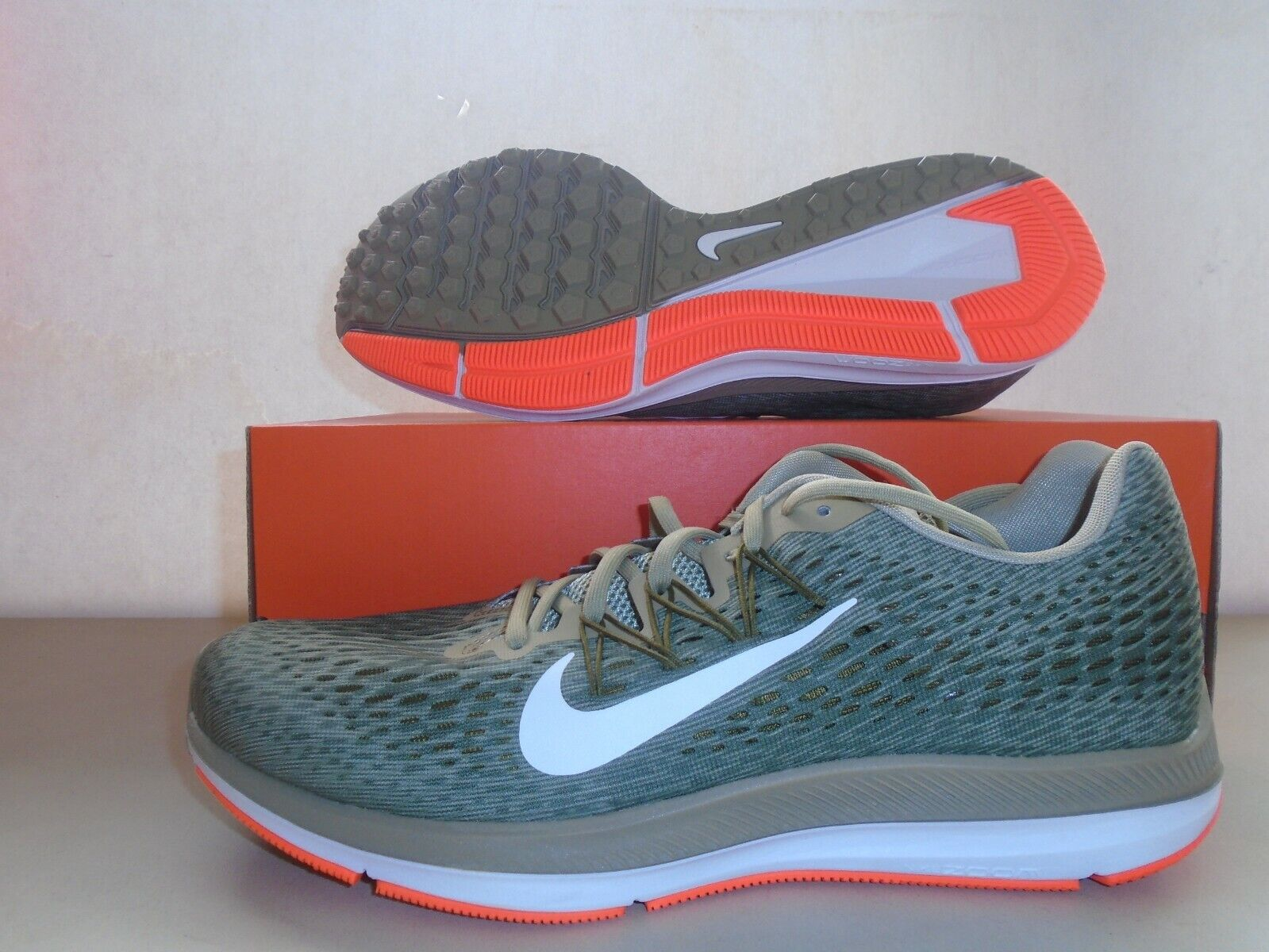 new zoom winflo 5 neutral olive running