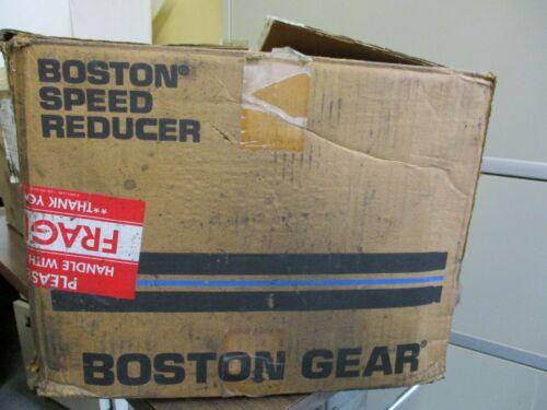 NEW BOSTON GEAR 10888-03 SPEED REDUCER 40:1 RATIO 1.33 HP