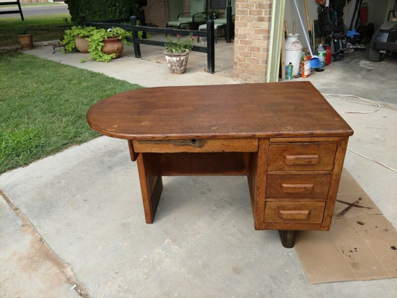 WOW!¡! Vintage Solid Oak Teachers Writing Desk