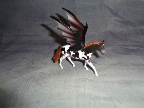 PETER STONE WARMBLOOD DECORATOR  WITH BAT WINGS