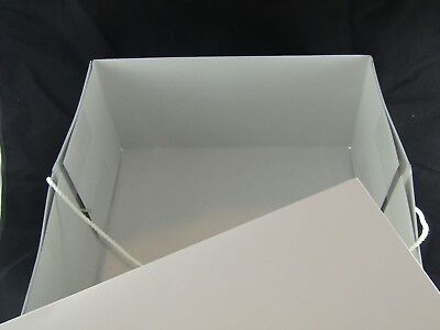 White Hat Box with Corded Carrying Strap.....NEW