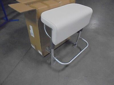 TACO MARINE NEPTUNE LEANING POST WITH WHITE SEAT CUSHION L10-2006BSA