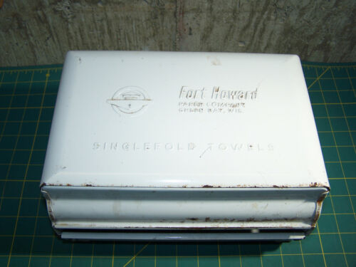 Vintage Fort Howard Singlefold Paper Towel Dispenser NO Key   White