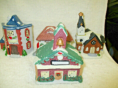 Vintage Set Of 4 Christmas Village>Post Office,Church,School And Train Station