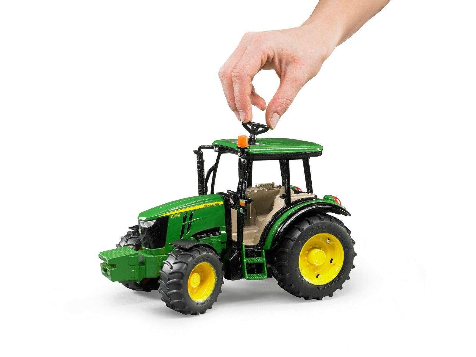 Bruder 02106 John Deere 5115 M Traktor, Schlepper, Trecker 2106 Neu