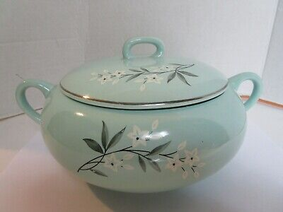 Vintage Green Covered Vegetable Serving Porcelain Bowl Country Kitchen Pot Green Covered Vegetable Bowl