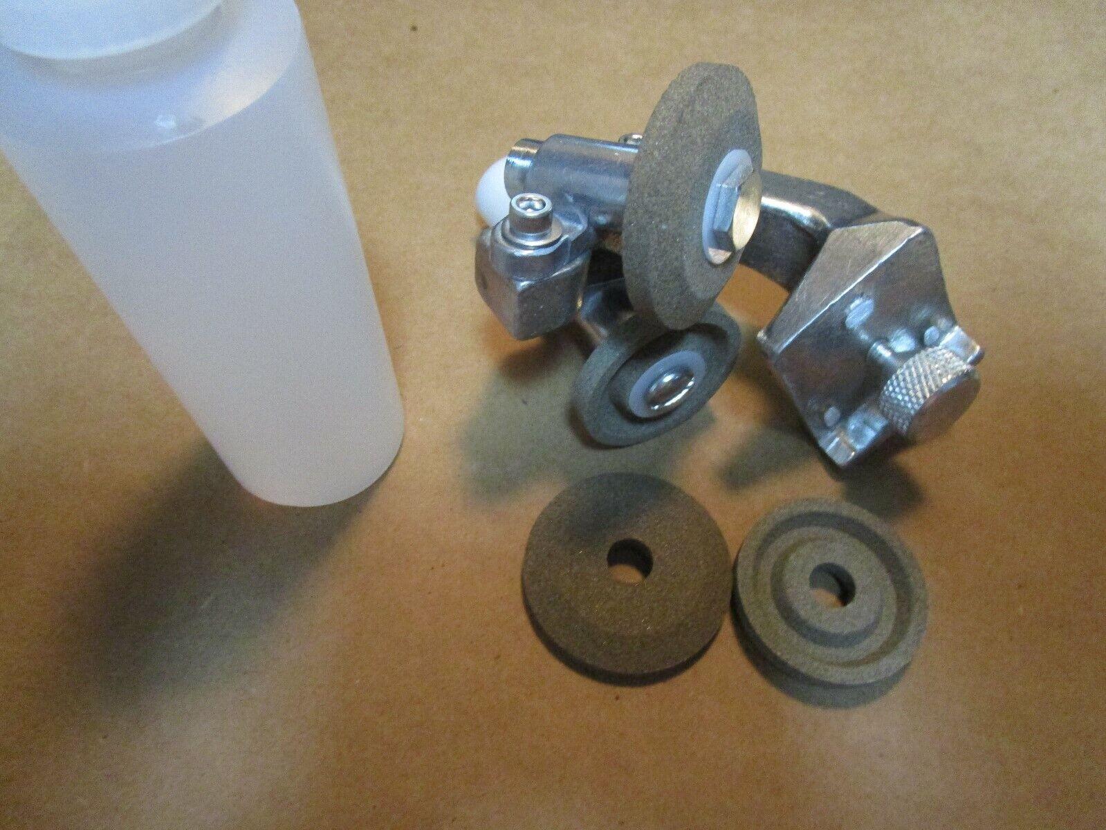 как выглядит HOBART SLICER MODELS 512,1612,1712 SHARPENER ASSY STONES AND OIL B122794-4 фото