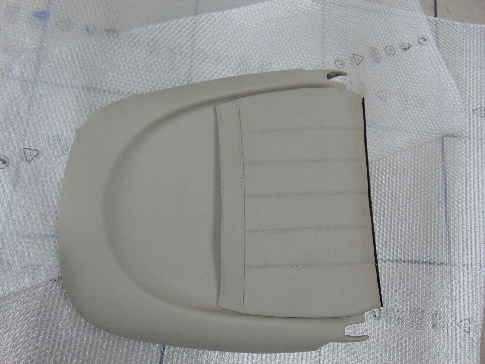 PANEL REAR SEAT FRONT RIGHT MASERATI 3200 GT 9810048