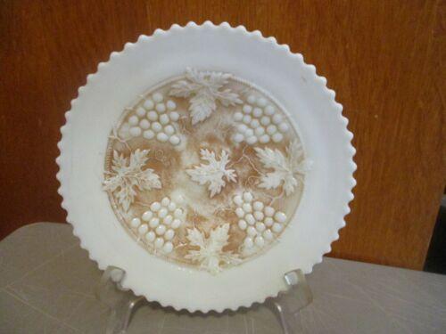 ANTIQUE NORTHWOOD CUSTARD GLASS BOWL GRAPE & CORD PATTERN