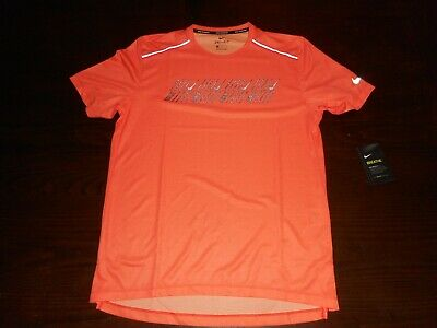 Nike Men's Running Breathe Reflective Short Sleeve Shirt CD5730 891 Orange (Mens Running Shirt)