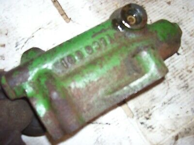 Vintage Oliver 1850 Gas Row Crop Tractor -power Steering Supply Valve -1969
