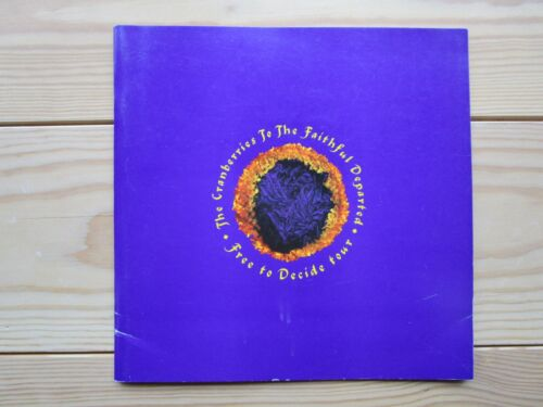 """""""The Cranberries"""" Tourbook Free to Decide World Tour 1996/97 Booklet"""