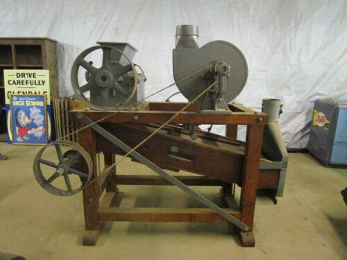 Antique Sprout Waldron & Co. Muncy PA Corn / Grain / Grist Mill Cracker Cutter