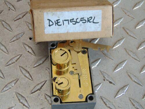 NEW DIEBOLD 03-899 SAFE DEPOSIT BOX LOCK with TWO FLAT KEYS
