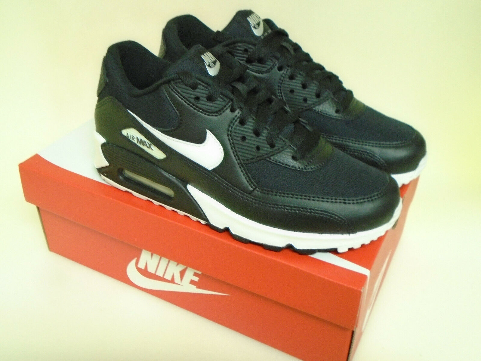 where to buy on feet images of half price Womens Nike Air Max 2015 Sz 9 White Clearwater Black 698903 104 ...