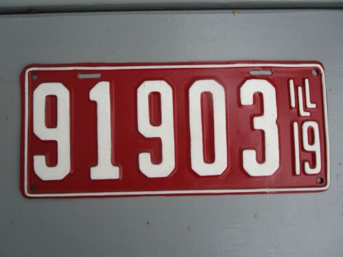 1919 ILLINOIS LICENSE PLATE