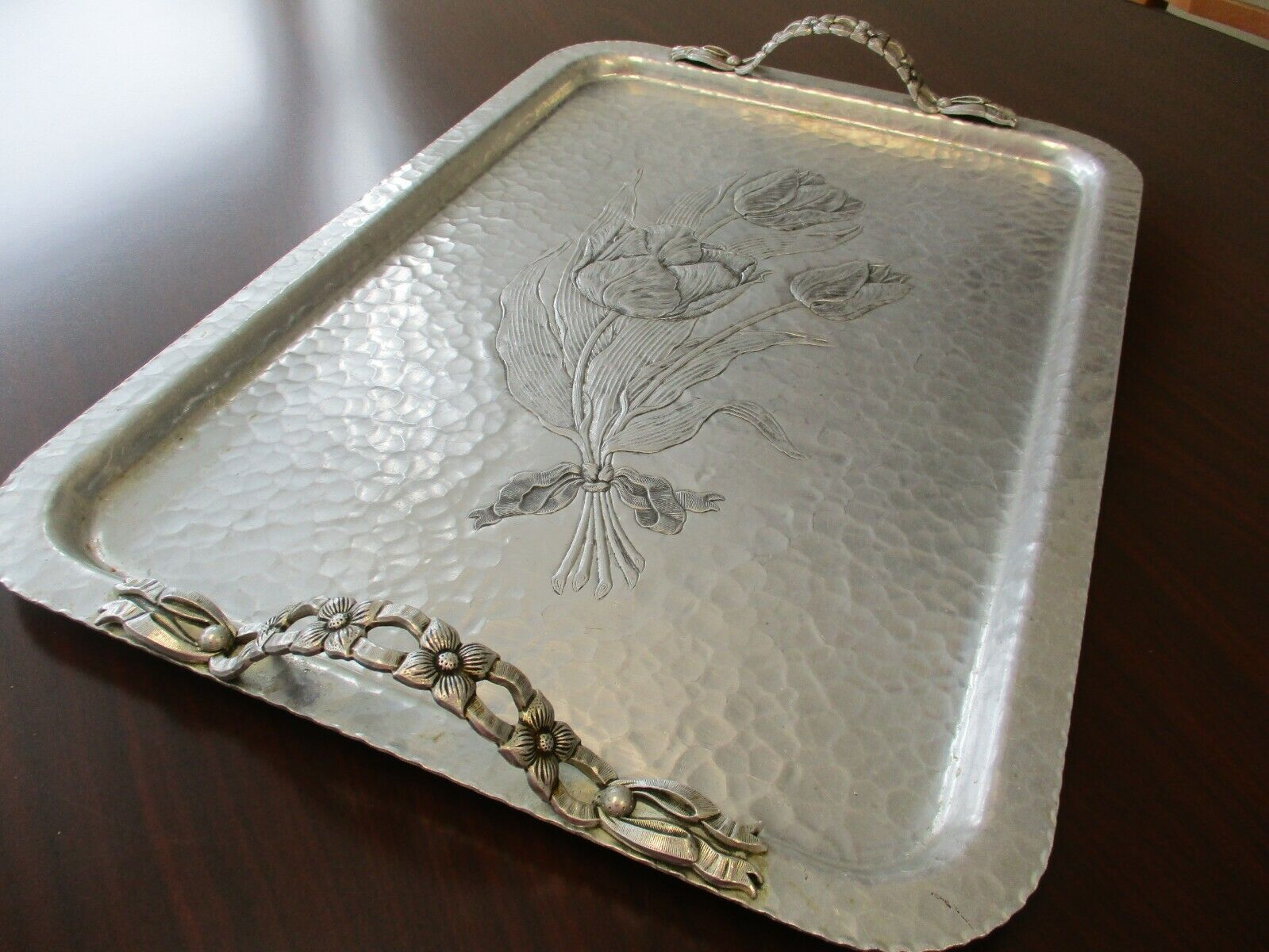 Vintage Rodney Kent Silver Co Hand Wrought Hammered Aluminum Tray #423