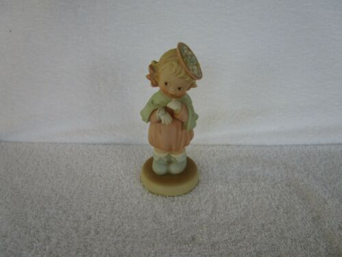 Memories of Yesterday [ TIME TO CELEBRATE ]  ~SO105~1994 Enesco Figurine!