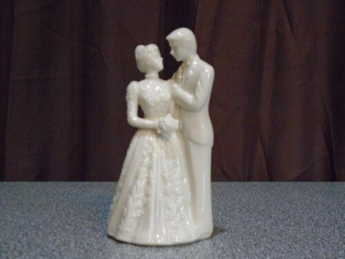 LENOX PORCELAIN Wedding Promises - Bride & Groom Cake Topper Figurine - Used