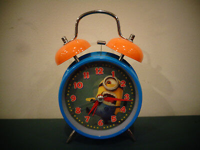 DESPICABLE ME 2 LENTICULAR TWIN BELL ALARM CLOCK BLUE MINIONS 2 HOLOGRAPH VIEWS