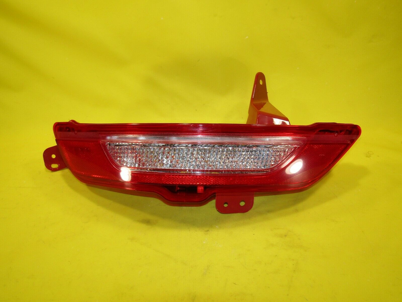 ? 15 16 17 18 19 Lincoln MKC Left LH Driver Bumper Tail Light OEM *MINOR DAMAGE