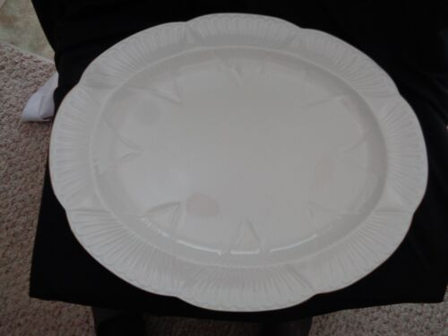 Shelley Made In England White And Gold Oval Platter