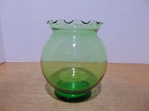 "Glass Fish Bowl Style Vase Ruffled Top Emerald Green 5 1/2"""