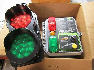 Kelley Wheel Restraint Control Panel 6013951 W 6007798 Traffic Control Light