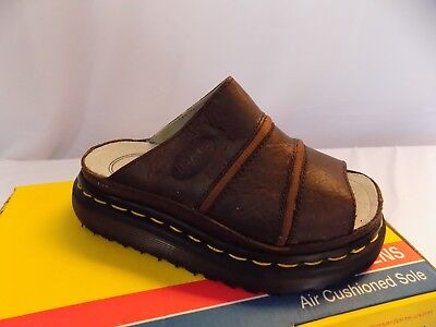 New Vtg Dr Doc Martens Leather Sandals Slide On 6P02 Bark UK 1 US Boys 2 Girls 3 - Dr Martens On Girls