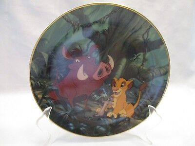 Disney The Lion King Collectible Plate  A CRUNCHY FEAST  Bradford Exchange 1995