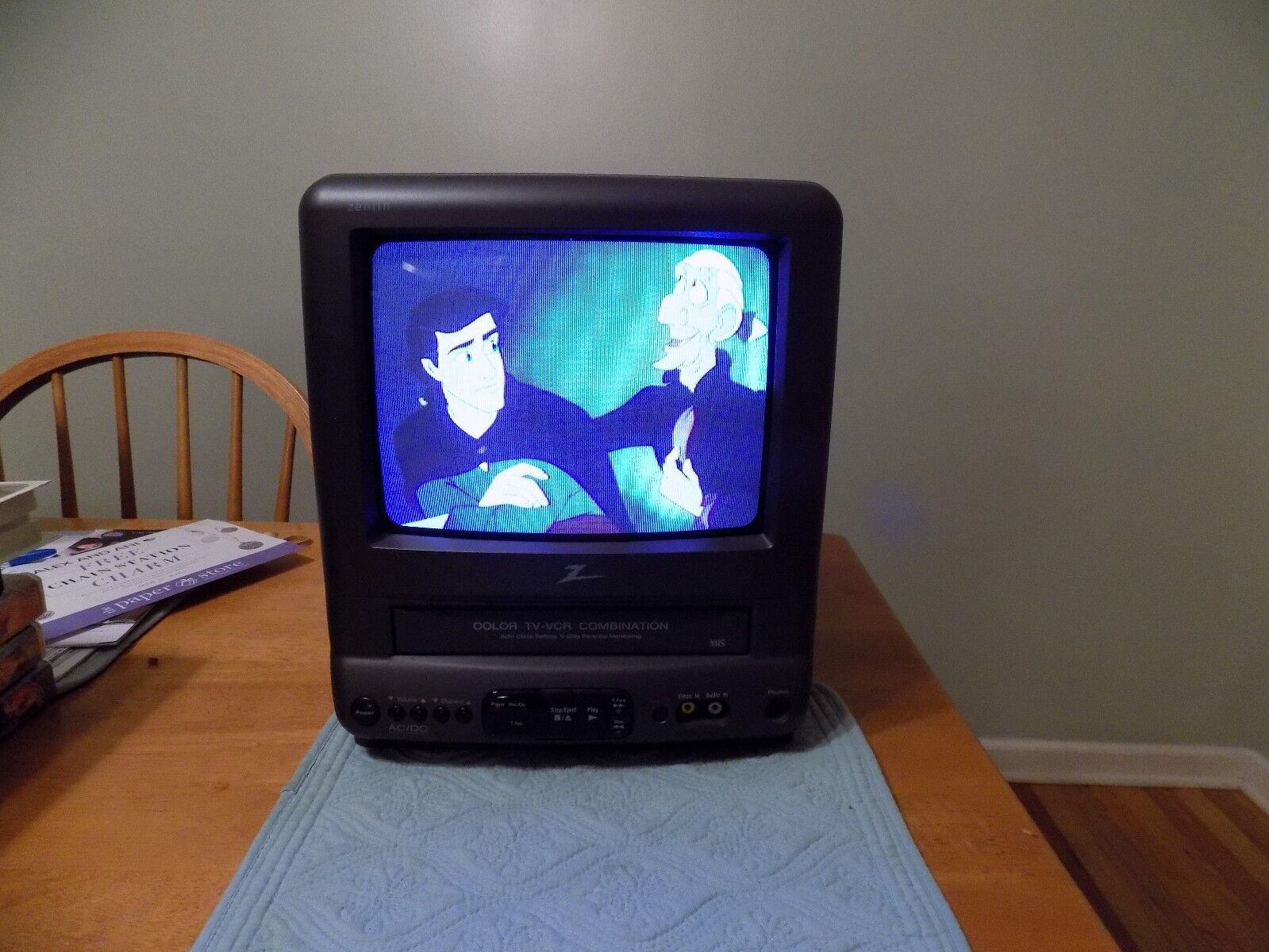 "Zenith 10"" TV VCR Combo Color Television Recorder TVBR0922Z"
