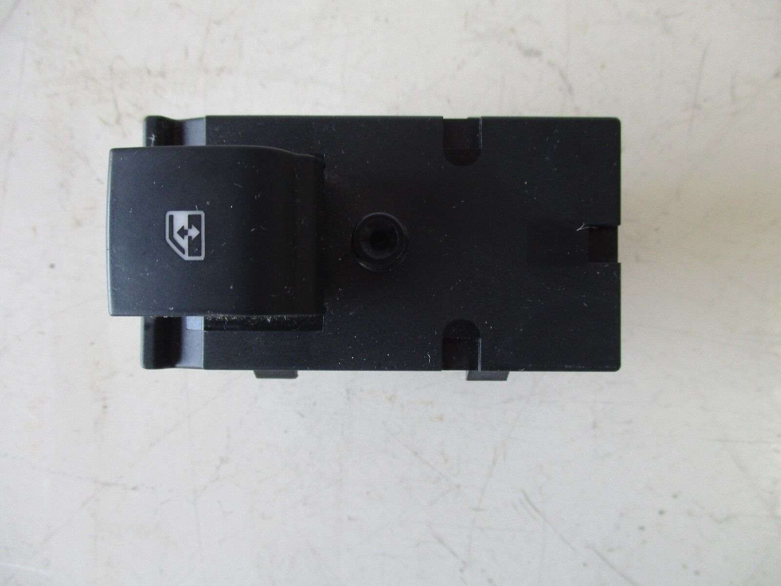 2013 CRUZE 1.8L 4-CYL 1LS OEM RH REAR DOOR WINDOW SWITCH